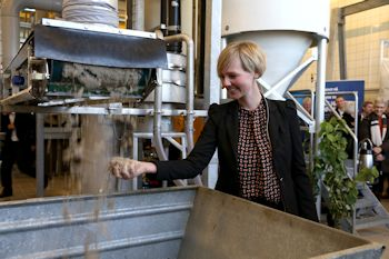 The Danish Minister for Environment, Ida Auken, was present at the opening of the plant, which was put into work at once (Image: Grundfos)