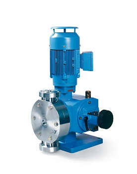 With the hermetically sealed diaphragm metering pump from the Ecodos series, Lewa offers a pump that is very suitable for pumping hazardous substances. ( Image: Lewa GmbH)