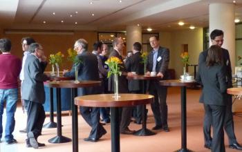 Die Pausen und Zeiträume nach den einzelnen Veranstaltungen wurden intensiv für den Erfahrungsaustausch genutzt. (Foto: VSX – VOGEL SOFTWARE GmbH)
