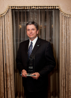 Steve Thompson, Vice President of Wilo USA received the renown Merlin Award
