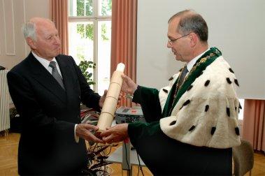 Wilo AG: Jochen Opländer erhält Ehrendoktorwürde der TU Dresden
