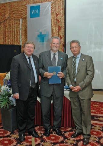 VDI-Ehrenplakette für Udo Kunz (WILO AG)
