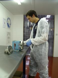 AxFlow Creates 'Clean Room' for Hygienic Pump Maintenance