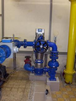 Jährliche Einsparung von rund 40% Energie durch Austausch alter Pumpe