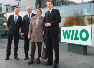 NRW-Wirtschaftsministerin Christa Thoben bei der WILO SE