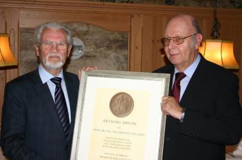 BHKS zeichnet Prof. Siegfried Baumgarth mit Rietschel-Diplom aus