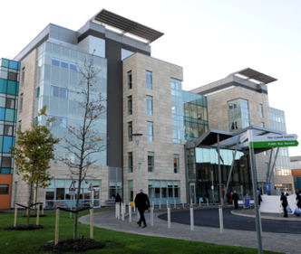 Armstrong Cuts Installation Times and Carbon Impact for New Peterborough Hospital