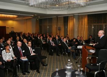 Wilo: Podiumsdiskussion im Rahmen des OEM-Forums 2011
