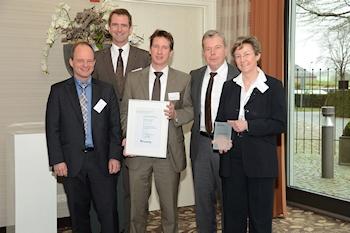 Fraunhofer Awards Oerlikon Leybold Vacuum for Excellent Technology Management