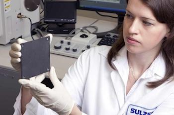 Sulzer baut Produktion für keramische Werkstoffe für anspruchsvolle Oberflächenlösungen aus