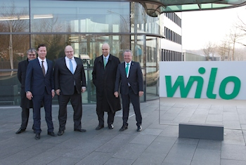 Bundesumweltminister Peter Altmaier informierte sich über hocheffiziente Pumpentechnik