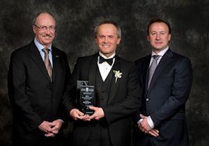 Weir Canada Receives the Alberta 2013 CISC Award