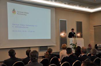 Vernetzung, Kooperation, Investition: Instrumente der Markterschließung im internationalen Wassersektor