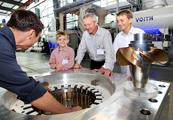 The Kaplan Turbine Celebrates its 100th Birthday: Great-Grandson of the Inventor Visits Voith in Heidenheim