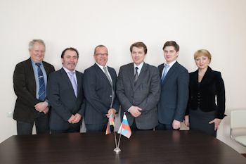 Oerlikon Leybold Vacuum Signs Agreements with Russian Company Vacuummash