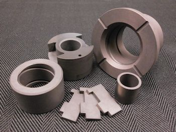 Metcar Offers Carbon-Graphite Bushings for Aircraft Engine Fuel Pumps