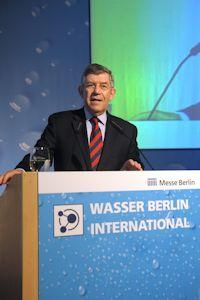 Dr. Fritz Holzwarth neuer Geschäftsführer des Vereins Wasser Berlin e.V.