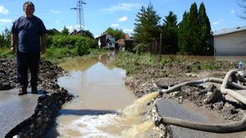 Grundfos Helps Flood Victims in the Balkans