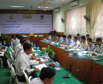 Ebara Holds Pump Seminars at the Royal University of Agriculture in Cambodia