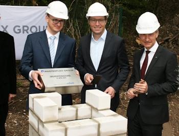 Grundsteinlegung bei Masterflex: Produktion und Lager am Standort Gelsenkirchen werden erweitert