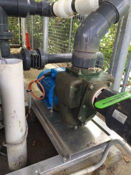 Aussie Pumps Bronze Pump Aids Manus Water Supply