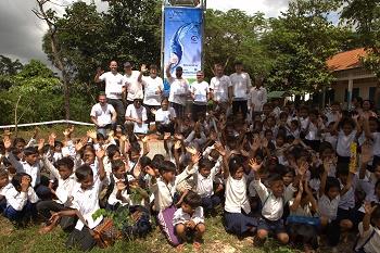 Xylems Waterdrop-Programm bietet sauberes Wasser für 3.000 Menschen in Kambodscha