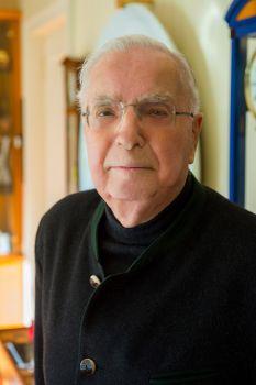 Nachruf: Dr. Wolfgang Kühborth verstorben
