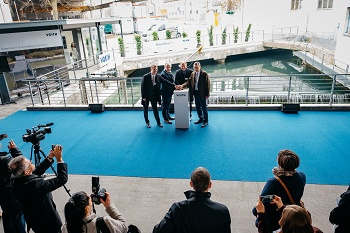 """Feierliche Eröffnung des Kleinwasserkraftwerks """"Alte Bleiche"""" auf dem Voith-Gelände in Heidenheim"""