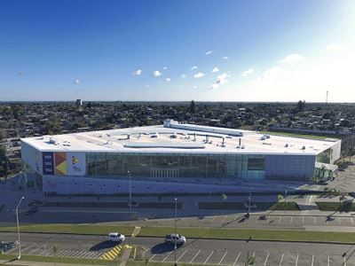 Modern and Sustainable Shopping Center Has Opened in Uruguay