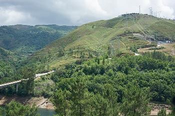 Ein Meilenstein der Wasserkraft: Größtes drehzahlvariables Pumpspeicherkraftwerk Europas Frades II nimmt erfolgreich Betrieb auf