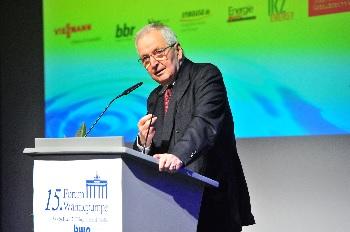 15. Forum Wärmepumpe: Erneuerbare Wärmewende in stürmischen Zeiten auf Kurs halten