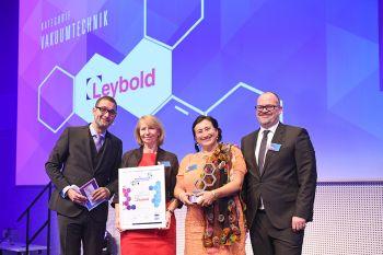 Leybold mit dem Meilenstein Award für Vakuumtechnik ausgezeichnet