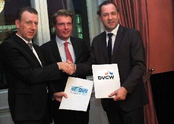 DVGW und DWV unterzeichnen Kooperationsvereinbarung