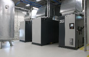 Modernes Montagekonzept für Extrusionsblasformmaschinen