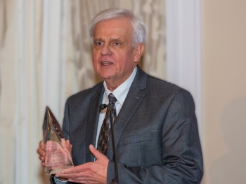 Pentair Engineer Arnold Sdano Honored by Hydraulic Institute with Lifetime Achievement Award