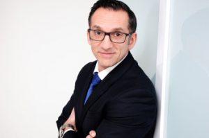 Armstrong stellt Michael Schulz als Vertriebsleiter für Kontinentaleuropa vor.