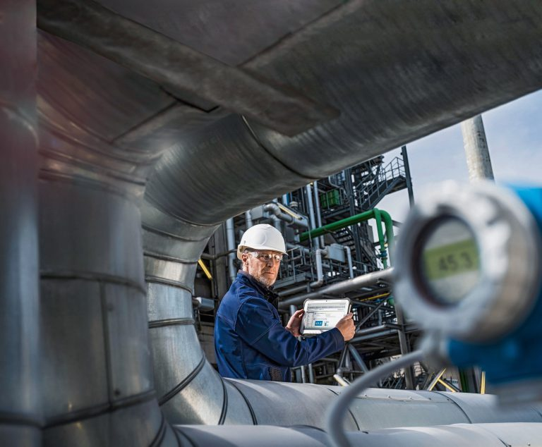 Endress+Hauser and Deutsche Telekom Drive Industry Digitization with 5G Campus Networks