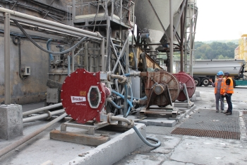 Bredel Hose Pumps Transfer Abrasive Slurry 24/7 at Aluminium Salt Slag Recovery Plant
