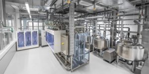 Practical service life tests for products in the area of hygienic processing