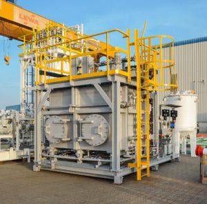 Werkstoff Titan: Pumpenhersteller richtet eigens einen Reinraum für sensible Schweißprozesse ein