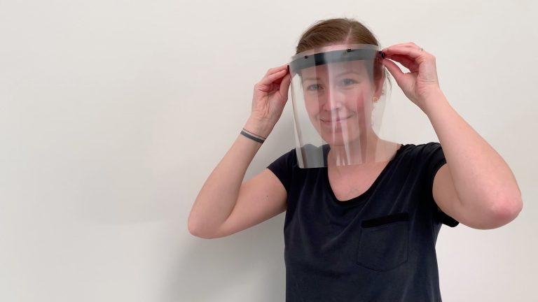 Grundfos unterstützt den Kampf gegen das Corona-Virus mit weiteren Finanzhilfen und der Produktion von Gesichtsschutzvisieren