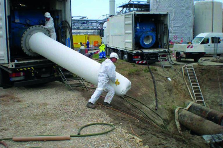 Esders erweitert Leistungsportfolio um die grabenlose Rohrsanierung