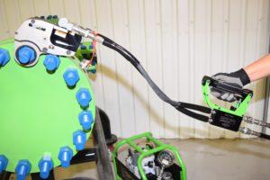 La sicurezza prima di tutto: la nuova valvola ridurrà il rischio di lesioni alle mani legate alla chiave dinamometrica idraulica