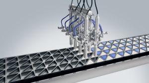 Des lignes de remplissage de produits liquides entièrement automatisées