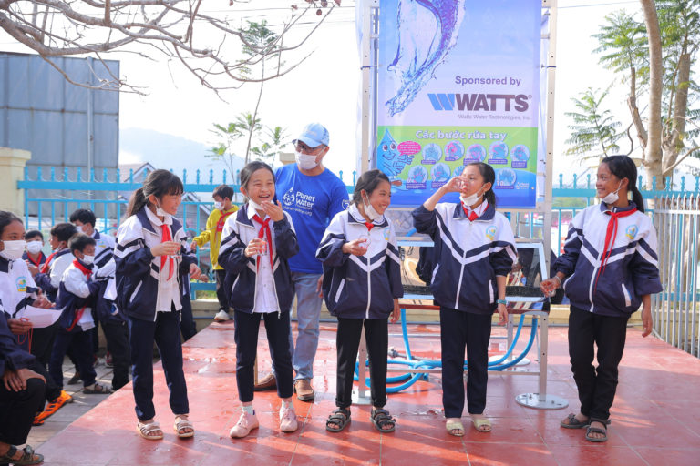 Watts and Planet Water Bring Clean Water to Vietnam