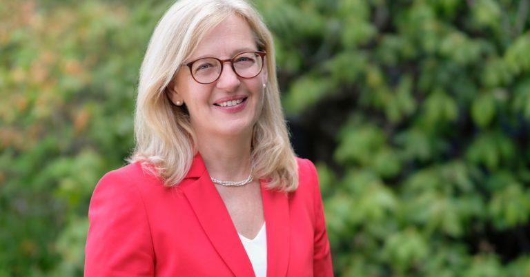 La Dra. Claudia Castell-Exner, reelegida como presidenta de EurEau