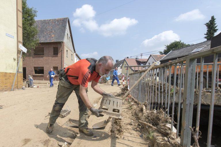 "Starkregen-Katastrophe: IKT koordiniert ""Kanal-Nothilfe"""
