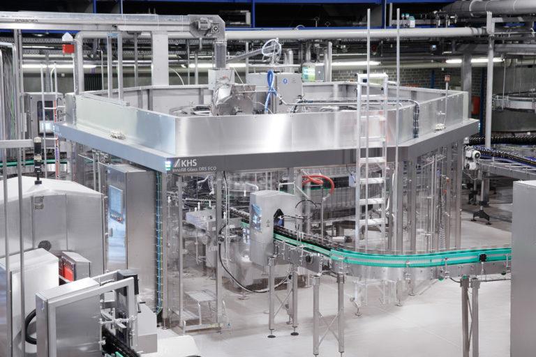Innofill Glass DRS ECO di KHS si dimostra convincente nel funzionamento presso il birrificio OeTTINGER