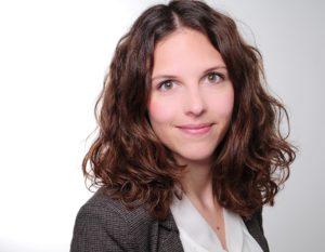Simone Angster prend la direction de DECHEMA Communications